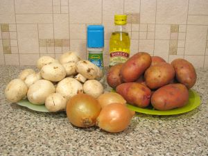 Картофель, жаренный с грибами. Ингредиенты