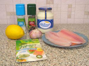 Рыба, тушенная под майонезом. Ингредиенты