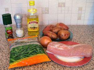 Свинина с картофелем и стручковой фасолью, тушенные в горшочке. Ингредиенты