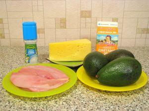 Авокадо, фаршированное куриным филе. Ингредиенты