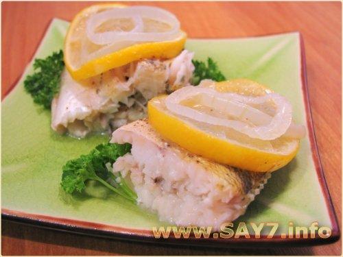 Рыба с розмарином, запеченная в фольге
